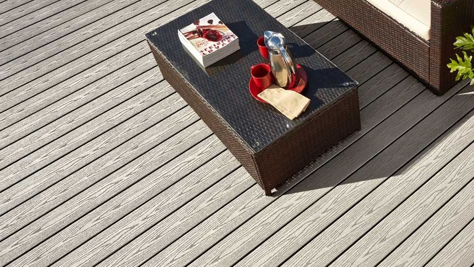 gallery-goodlife-decking-cottage