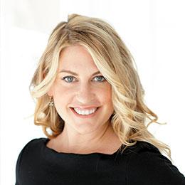 Julie Keller Callaghan - headshot