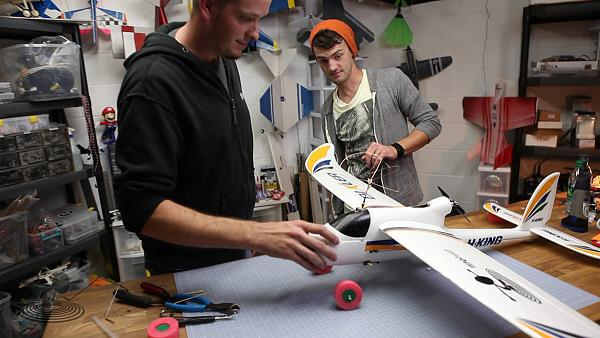 DIY Landing Gear | Flite Test