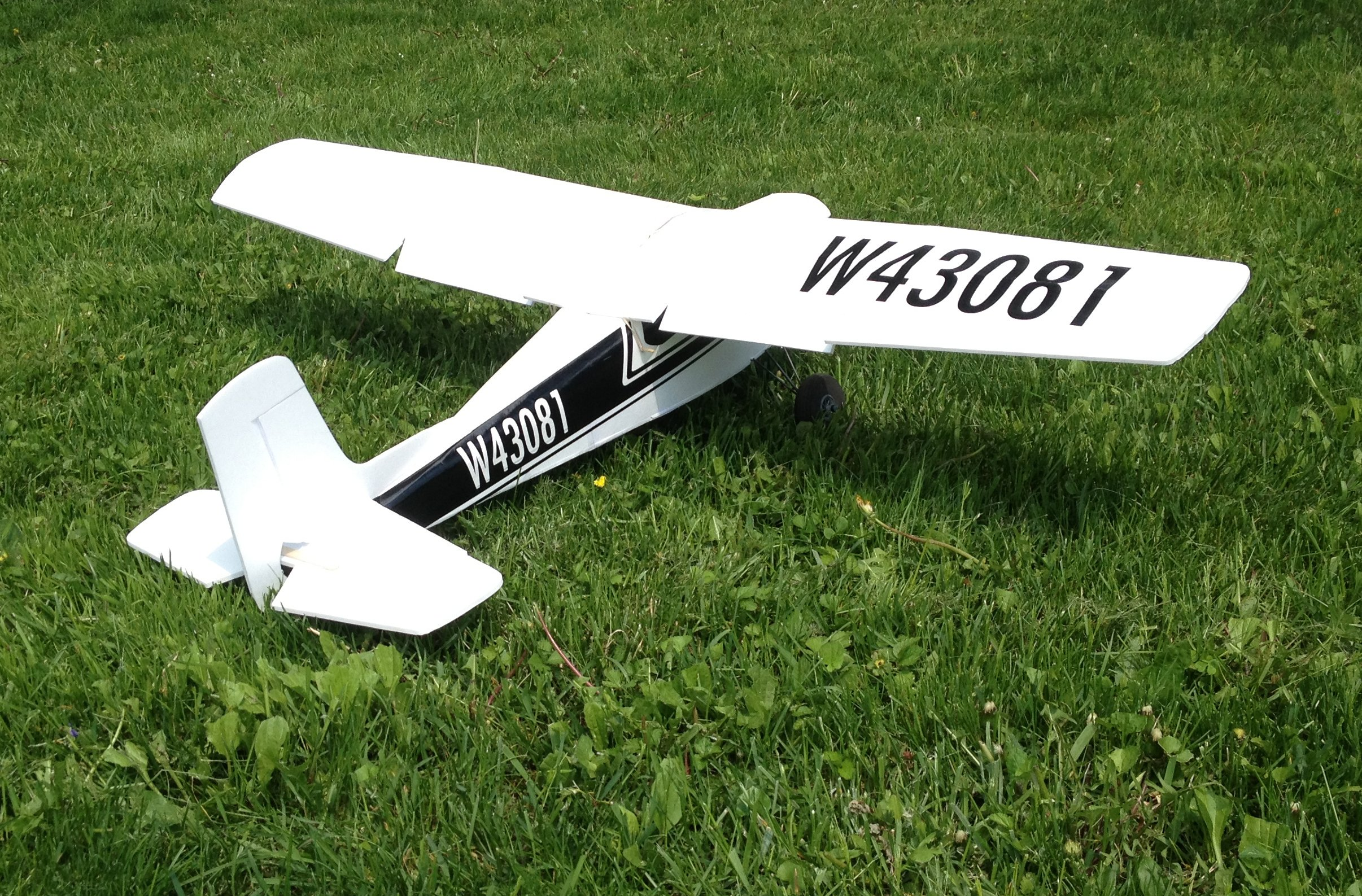 Cessna 180  Swappable with plans  VIDEO & BUILD | Flite Test