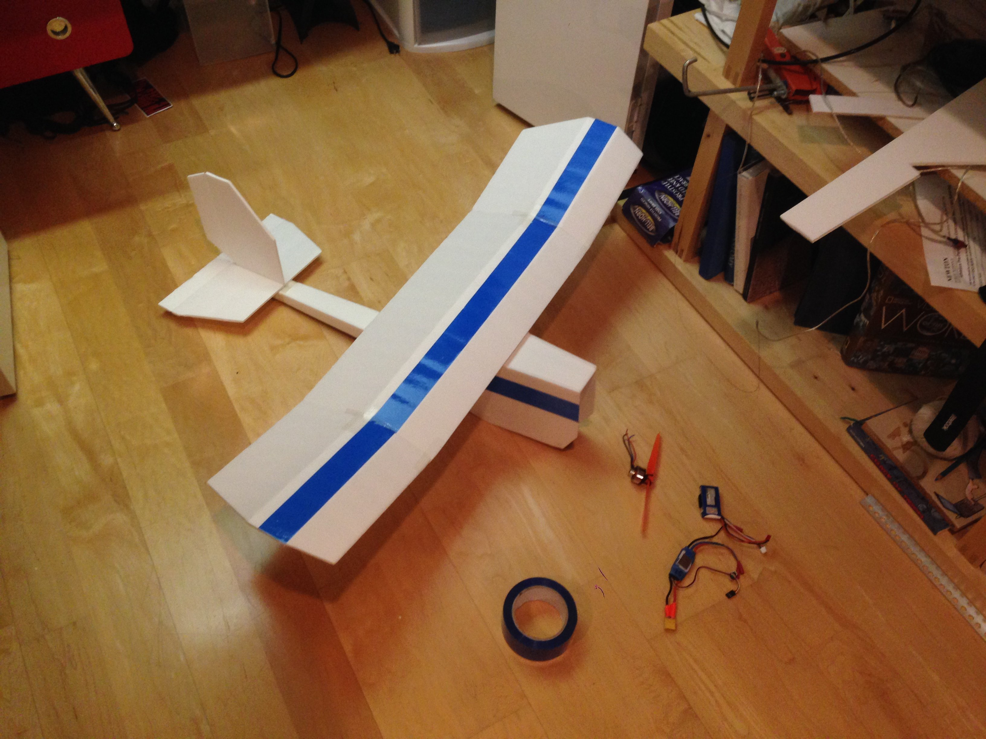 The Fish: A Scratch Built Slow Flier Flite Test - 3264x2448 - jpeg