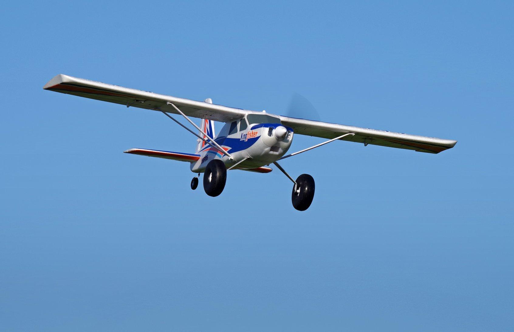 FMS Kingfisher! The new 1400mm Bush Plane | Flite Test