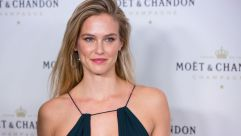 Jewish girls, not all of whom resemble Bar Refaeli, face unrealistic expectations.