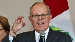 Peruvian presidential candidate Pedro Pablo Kuczynski for 'Peruanos por el Kambio' (Peruvians for Change), makes a victory announcement to the press in Lima on June 9, 2016.