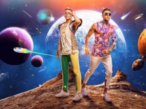 "Israeli pop stars Static and Ben El Tavori had another summer hit in 2017 with their Brazilian-inspired ""Tudo Bom."""