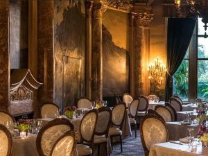 Mar-a-Lago dining room