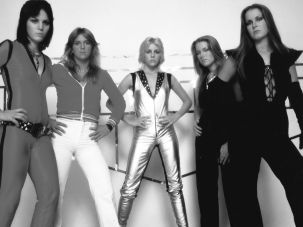 Joan Jett, Lita Ford, Cherie Currie, Sandy West, and Jackie Fox.