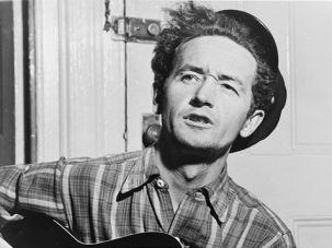 Woodie Guthrie in 1943.