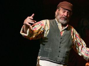 """Sunrise, Sunset: """"Fiddler on the Roof celebrates its 50th anniversary in style, with appearances by Chaim Topol, Harvey Fierstein and Norman Jewison."""