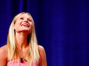 Upward-gazing Gwyneth Paltrow