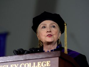 Hillary Clinton at Wellesley College commencement