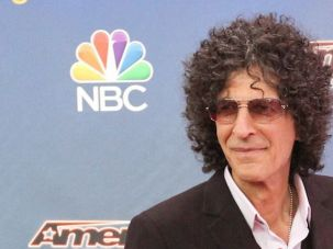 Howard Stern inks new 5-year Sirius deal.