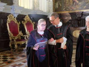 Ruth Bader Ginsburg presides in 'A Merchant of Venice.
