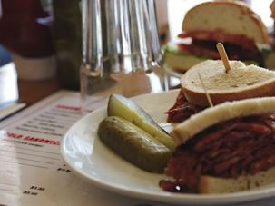 Proper Pastrami: Ben & Izzy?s in Toronto and Mastman?s in Austin, Texas hope to return kosher deli to its roots with housemade pastrami, tongue, cholent and pickles.