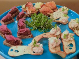 Russ & Daughters canapés served at the event included vegetarian chopped liver, smoked salmon and whitefish salad on bagel chips.