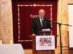 Remembering the Fogels: Malcolm Hoenlein speaks at a memorial service in Manhattan.