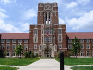 Ayres Hall at the University of Tennessee