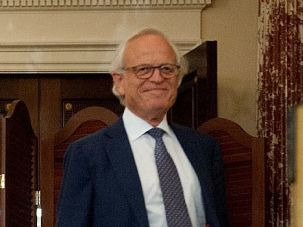 Mediating From Strength: Martin Indyk has earned a reputation for being blunt and wearing his beliefs on his sleeve. Could that be just what the nascent Mideast talks need?