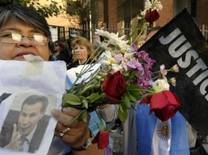 Mourners recall Argentine prosecutor Alberto Nisman at his funeral at a Jewish cemetery in Buenos Aires.