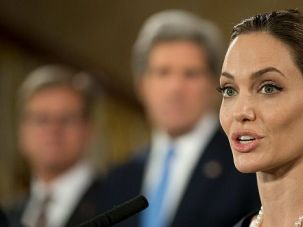 Hereditary Disease: Angelina Jolie?s aunt has died of breast cancer, the same disease that claimed her mother.