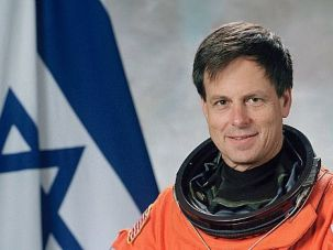 7 Heroes: Israeli astronaut Ilan Ramon died along with six others when the space shuttle Columbia was destroyed on Feb. 1, 2003.