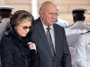 Beware Israel: F.W. de Klerk, the last white president of South Africa, pays homage to Nelson Mandela as his body lay in state. The ex-leader has warned Israelis that the country risks slipping towards 'apartheid'-style oppression unless it makes peace with the Palestinians.