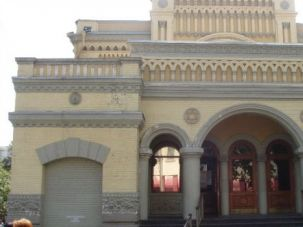 There?s Company: Kiev?s Central Synagogue is an imposing structure. Now there are two new synagogues in the Ukrainian capital.