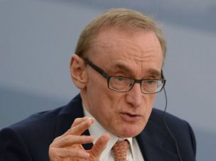 Unhealthy: Former foreign minister Bob Carr accuses supporters of Israel of having undue influence on Australian policy.