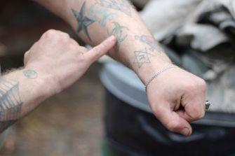 Braff's tattoos include a Star of David.