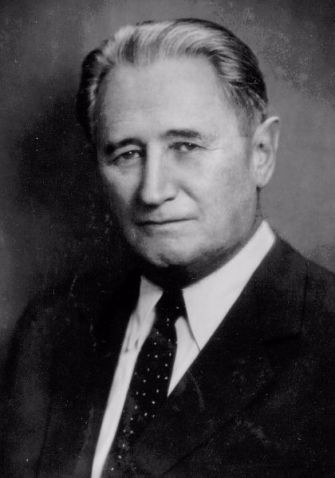 Jewish informants described Nahum Goldmann as a scoundrel to the FNB.
