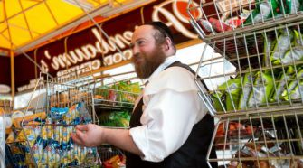 Shop Proud: Tzvi Rosenbaum is planning to expand his grocery store in Brooklyn?s Boro Park neighborhood.