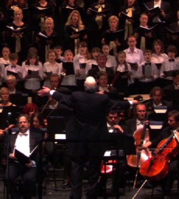 Charles Fox conducting his Oratorio, ?Lament and Prayer? with the Polish National Opera Company, Chorus and Orchestra at the Warsaw Opera House, June 30. 2009.