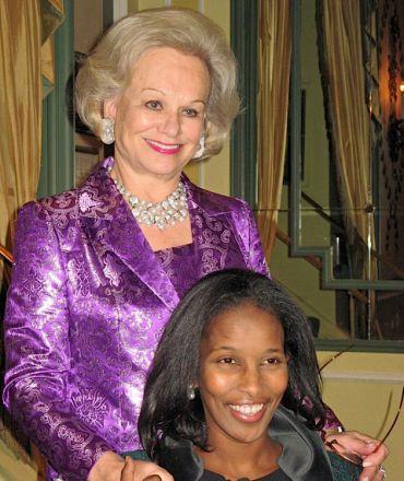 Resplendent: AFOUI's president Ingeborg Rennert poses with Ayaan Hirsi Ali.