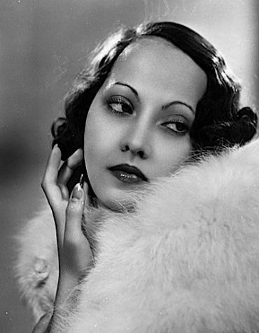 Linton No More: Merle Oberon who starred in the ?Wuthering Heights? that featured Alice Ehlers.