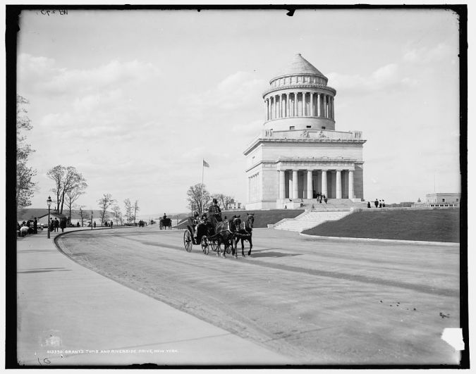 Grant's Tomb, pictured in 1901.