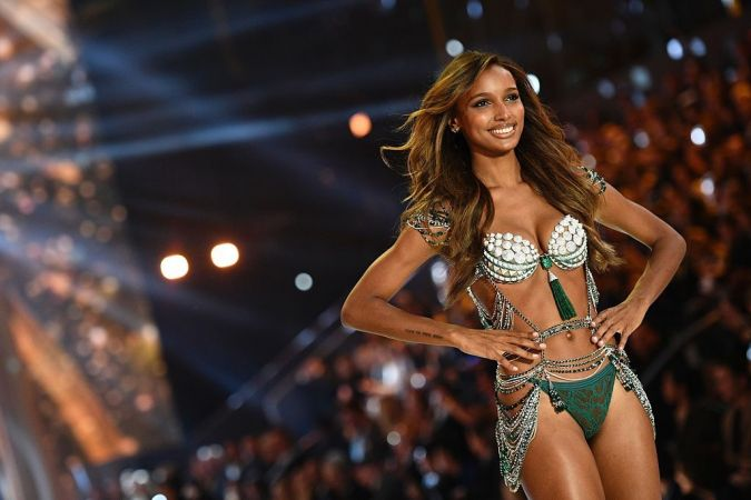US model Jasmine Tookes presents the $3 Million 2016 Bright Night Fantasy Bra during the 2016 Victoria's Secret Fashion Show at the Grand Palais in Paris on November 30, 2016.