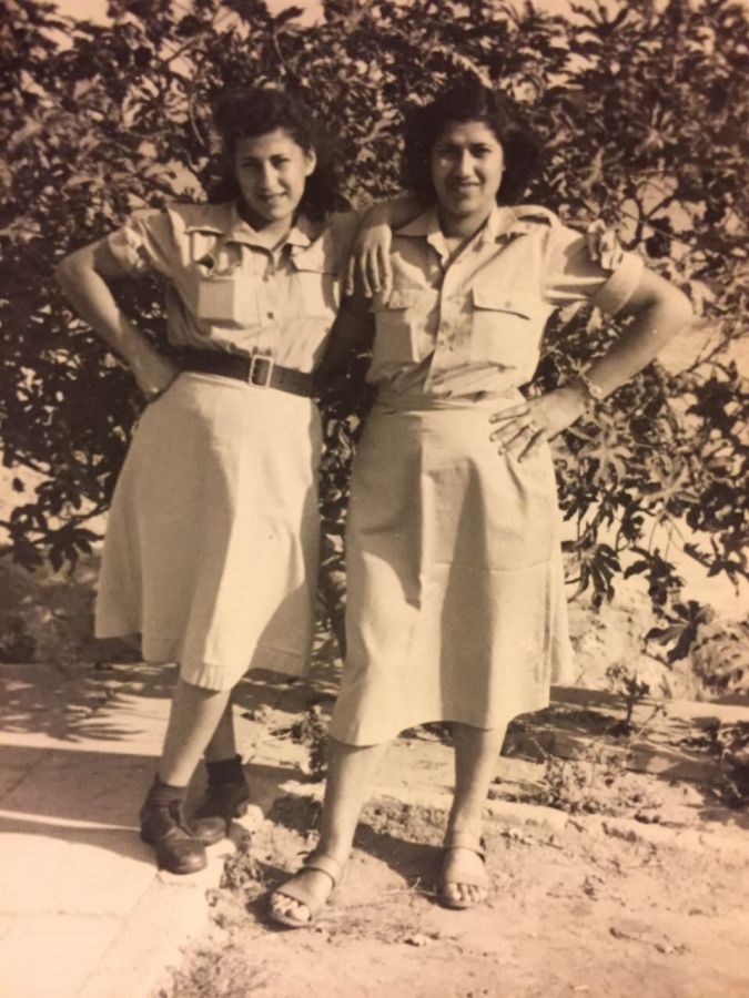 Abrahami's sisters, fighters in the Irgun.