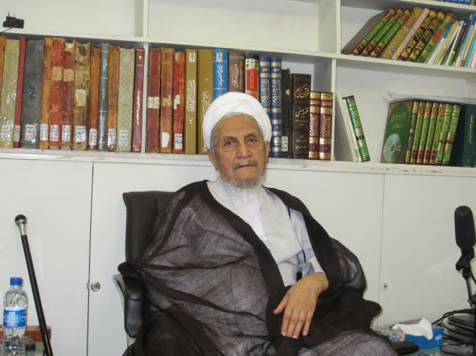 Grand Ayatollah Yousef Saanei, considered a reformer by many in Iran.