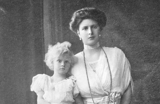 _Queen Elizabeth II's mother-in-law, Princess Alice of Battenberg, with one of her daughters circa 1910. _