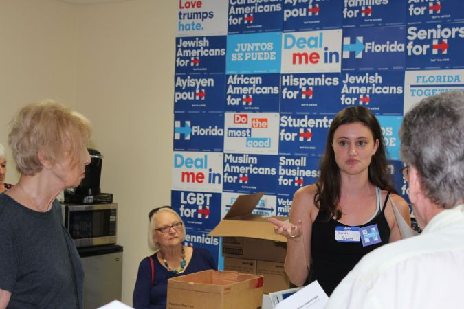 Sarah Cohen from the Clinton campaign conducting a training session for volunteers at the Clinton Boca Raton office