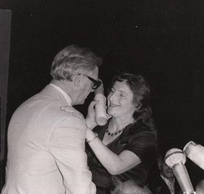 Recognition: Rosenfarb receives the Manger Prize, Israel, 1979.