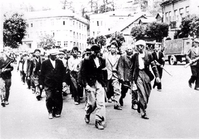 LIthuanian Jews being force marched to a concentration camp in Kaunas