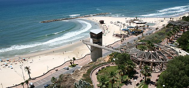Fun in the Summer Sun: Herzl Beach in Netanya received high scores on Israel?s new Beach Ranking index.