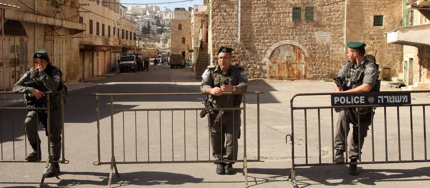 army hebron settlers