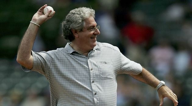 Mayor of Chicago?s North Side: Harold Ramis throws out the first ball at a Cubs game in 2006.