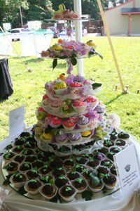 The author?s (dairy-free) cupcake wedding cake included several gluten-free, egg-free cupcakes for guests with food sensitivities