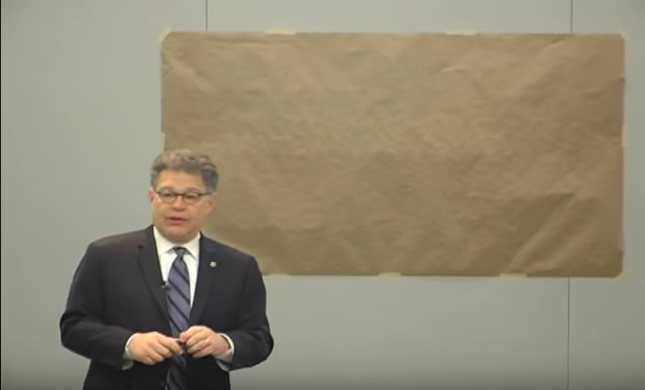 Al Frankens Secret Talent Drawing A Map Of The US The Forward - Al franken draws us map