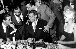Shor - second from left - with Joe Dimaggio, Marilyn Monroe and Jackie Gleason