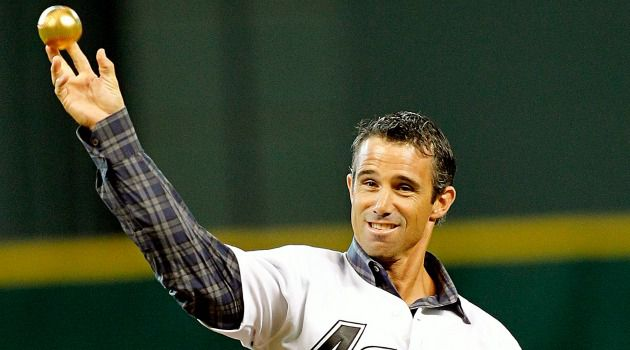 No Panic in Detroit: Brad Ausmus ucceeds Jim Leyland who was the dictionary definition of a grizzled, old school manager.