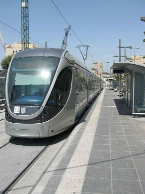 Unladylike Brawl on Jerusalem Light Rail – The Forward